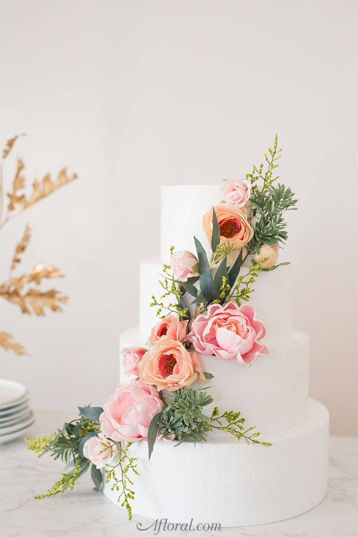 How To Put Silk Flowers On A Wedding Cake Floral Cake Topper Spring Wedding Cake Wedding Cake Fresh Flowers