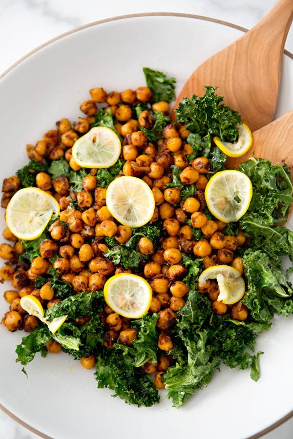 toasted kale and pan fried chickpea salad // A House in the Hills