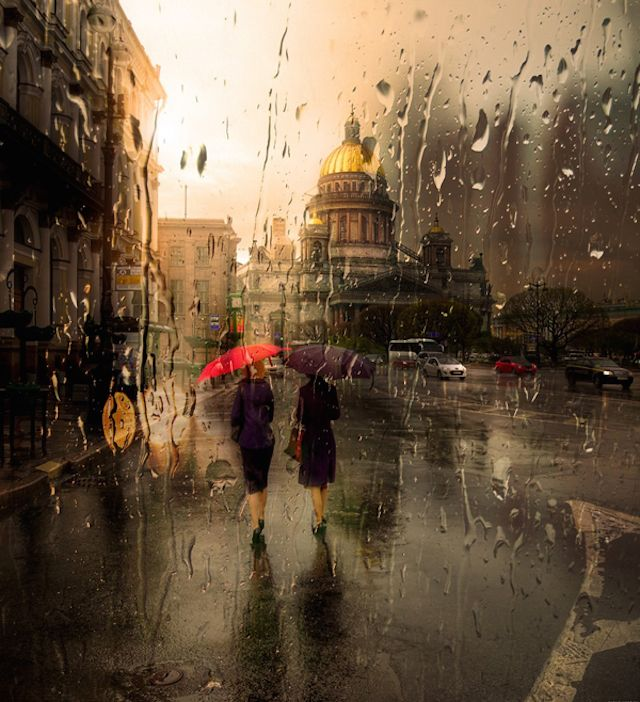 http://www.fubiz.net/en/2014/12/09/rainy-cityscape-photography/  Rainy Cityscape Photography  Eduard Gordeev is a talented photographer based in St. Petersburg. The artist captures artistic photos of cityscapes in the rain. The resulting images are atmospheric and gives an impression of the effects of acrylic paints. These urban streets and architectures totally soaked seem mysterious.