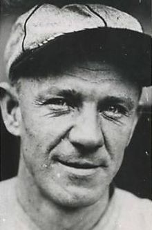 September 30, 1885 – March 19, 1981: Zinn Beck:      St. Louis Cardinals (1913–1916)     New York Yankees (1918) //played pro ball 1910-29, mostly in B ball//In 290 career games in the majors, he had a .226 batting average with 204 hits in 902 At-bats. Zinn Beck Field at Sanford Memorial Stadium in Sanford, Florida is named in his honor