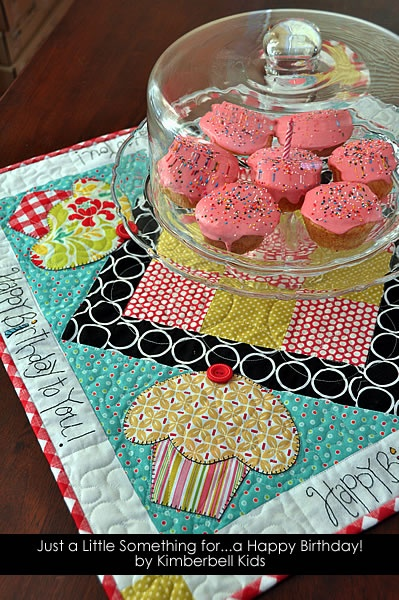 Cupcakes anyone, darling birthday table runner....Happy Birthday to ME!