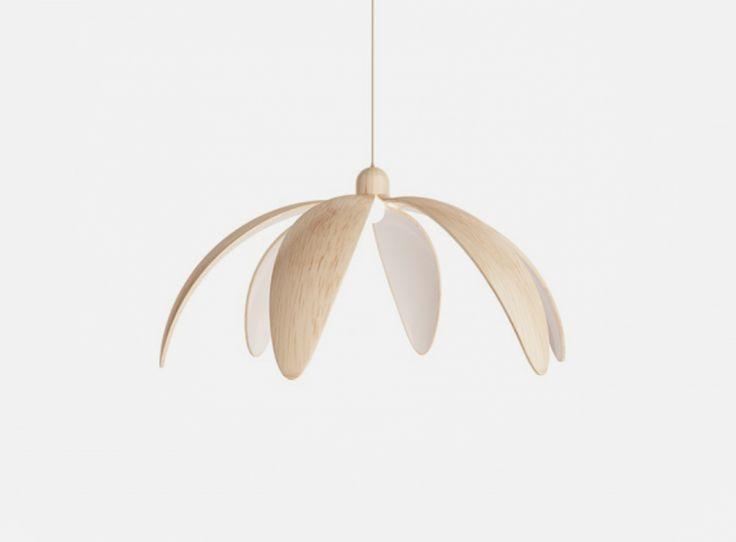 Smart Wooden Flower-Shaped Lamp – Fubiz Media