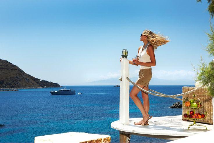 Getting smoochy with the Greek sun! Little bit jealous? #kivotosmykonos #luxuryhotels #mykonos #instatraveling #kivotosSignatureSuites #travelgram #privatepools #privatedining #privatebeach #luxurylifestyle http://qoo.ly/hbtv6