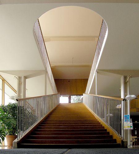 the law courts, extension of gothenburg city hall. architect erik gunnar asplund, 1915-1937.