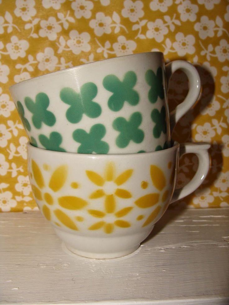 Arabia cups vintage