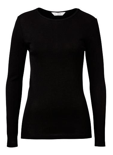 100% Merino Wool L/s Scooped Knit Top. Neat yet comfortable fitting silhouette features a scoop neck, fitted body and long sleeves. Available in various colours as shown.