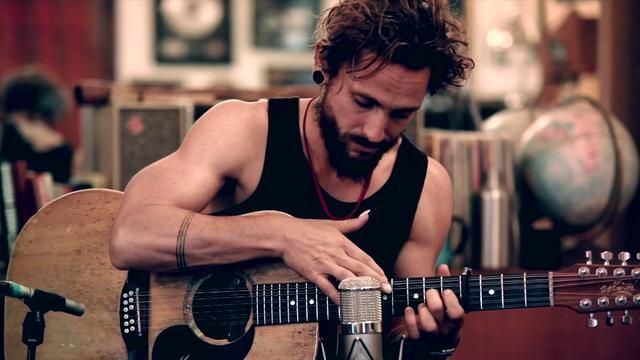Great studio version of Ocean by John Butler. Ive just noticed hes blatantly copying my beard style...