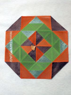 ウォンミ リーのポジャギな日々 三角ピースを縫い合わせて、縁を 八角形に仕立てる