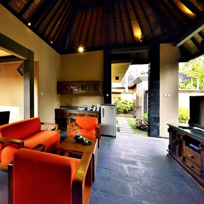 The semi outdoor lounge is available letting you experience the beauty of the outdoors also the luxury on the inside.