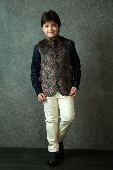 Digital print jodhpuri jacket with satin-cotton shirt from #Benzer #Benzerworld #Kidswear #Johpuri