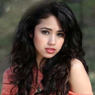 Jasmine Villegas- Canadian + Filipina