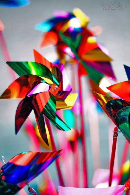 Rehiletes de Colores en la Plaza de Coyoacan.  Agosto del 2010