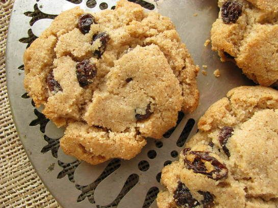Cinnamon Raisin gluten fre. Could be a nice departure from chocolate.