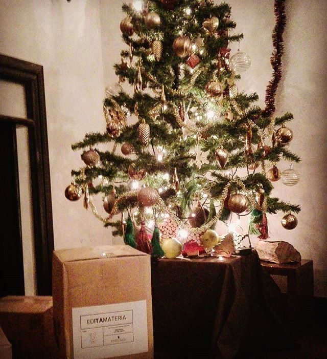 Happy Christmas with Editamateria. #design #madeinitaly #interior #happychristmas #christmastree