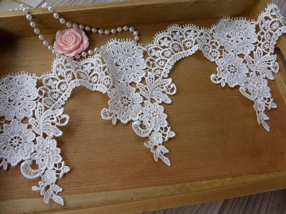 White Lace Trim, Bridal Venice Scalloped Lace, Wedding Veils Laces, White Lace One Yard    This listing is for 1 yard. Width: 5.9 (15 cm) Use for