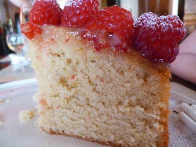 Lemon madeira cake Recipe with Raspberries