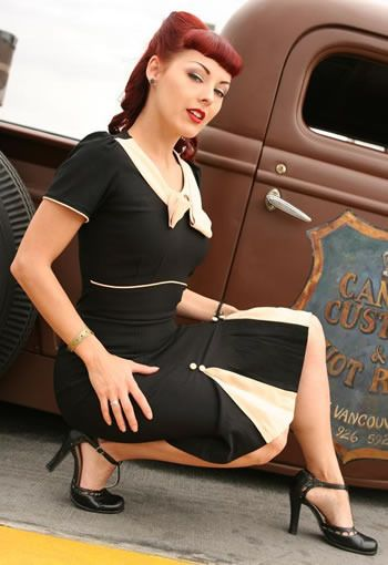 Cherry In Pin Up: ROCKABILLY