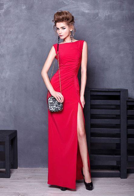 Вечернее платье с глубоким разрезом | Dress with a deep slit