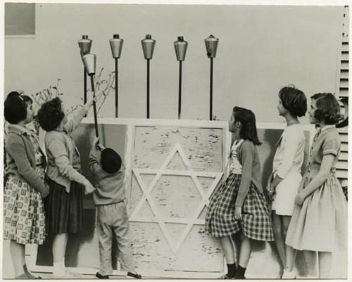 1950's Channukah with tiki torches.