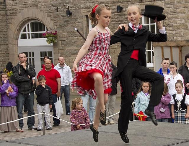 Cakewalk couple #cakewalk #highlanddance