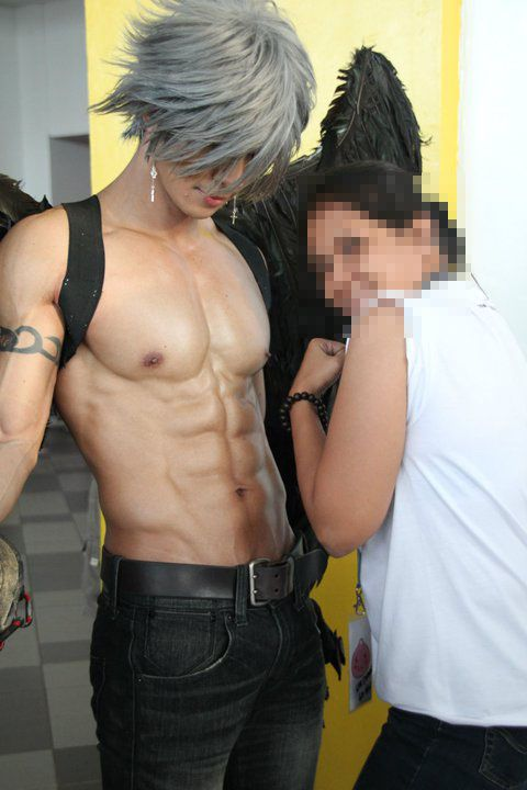 Male Cosplayers: A Rare Species Indeed