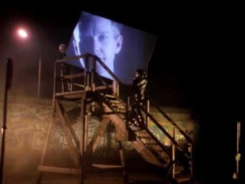 "Depeche Mode - Stripped, del disco  ""Black Celebration"" publicado el 10 de febrero de 1986."