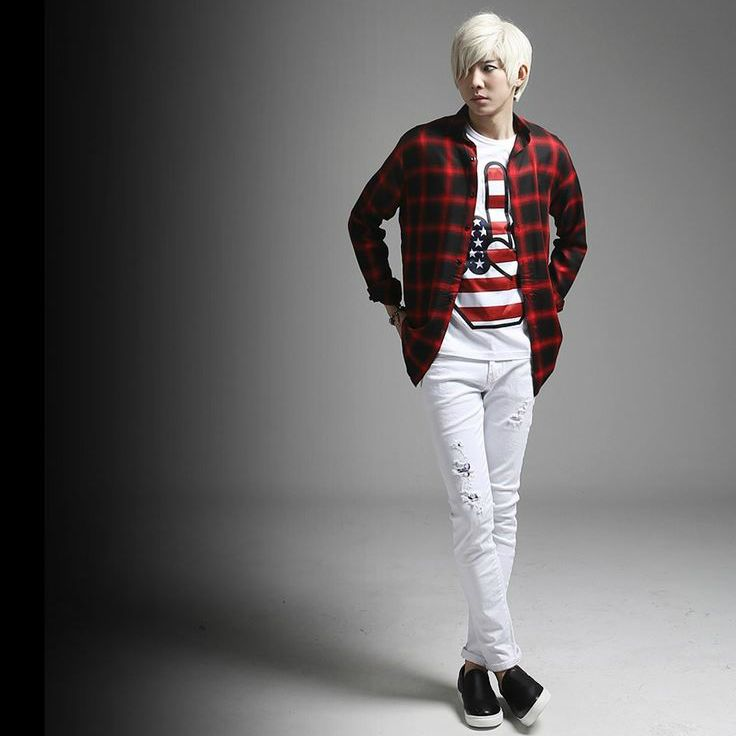 K-POP Men's Fashion Style Store [TOMSYTLE]  [DV] Basic grid Check NB / Size : M,L / Price : 53.48 USD #dailylook #dailyfashion #casuallook #tops #shirt #TOMSTYLE #OOTD