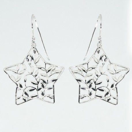 ¿Qué os parecen estos pendientes de plata de ley de diseño italiano, en forma de estrella y cierre de gancho? #joyas #brugine #pendientes