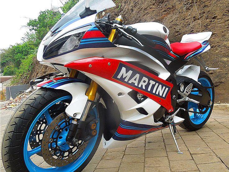 Miss Martini | Yamaha R6 customised by PAZ.