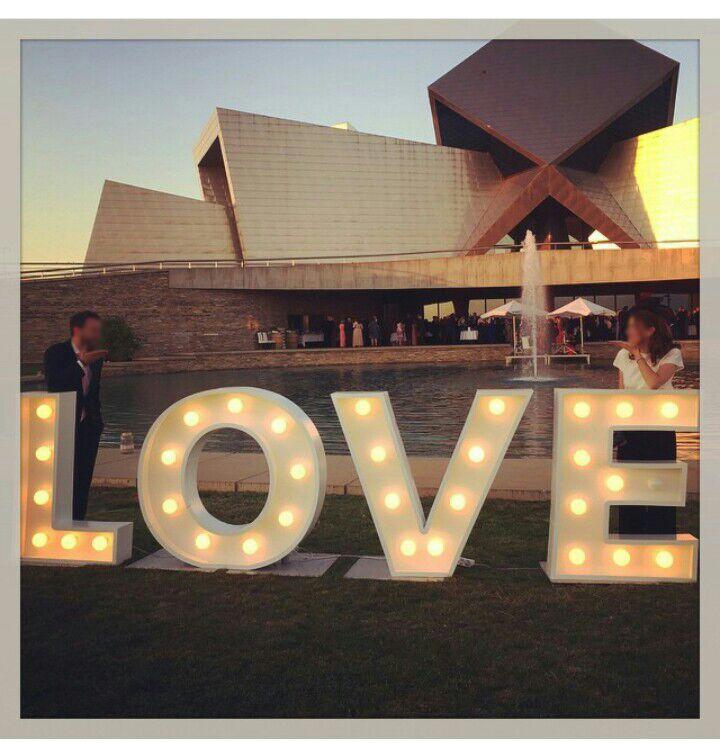 """Letras gigantes para bodas """"LOVE"""" con iluminación, Letras en alquiler…"""