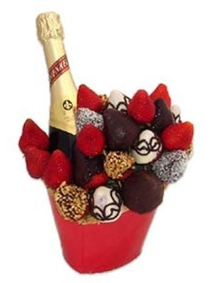 Champagne and a bouquet of  Chocolate-Dipped Strawberries - lovely valentines gift