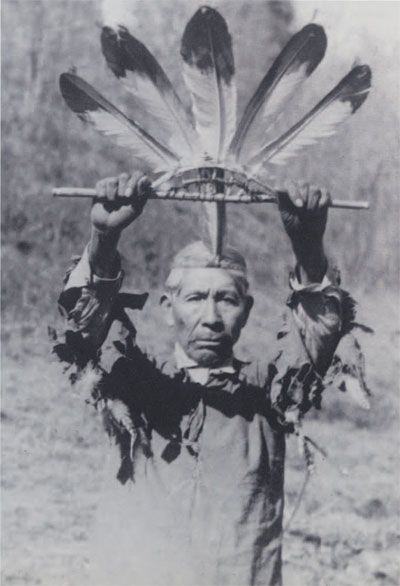Cherokee eagle feather wand, circa. 1930s, by Will West Long. Bald-eagle feathers mounted on a sourwood frame; used in the Eagle Dance .