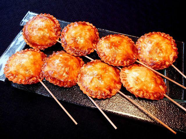 Cocinando con Lola García: Piruletas de morcilla y manzana
