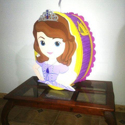 Piñata Princesa Sofía