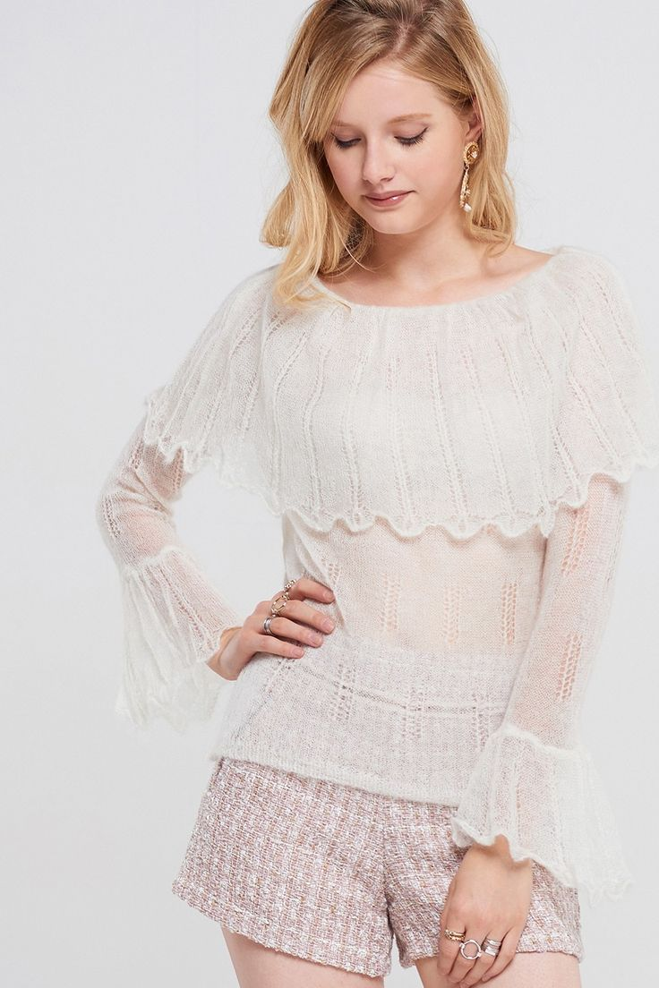 Whitney Off Shoulder Top Discover the latest fashion trends online at storets.com #fashion #Ootd #offshouldertops #tops #storetsonme