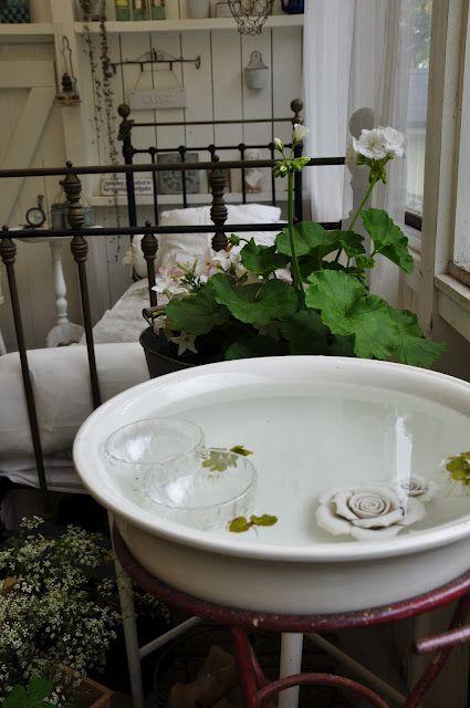 La casa di Susanne in Svezia, crocevia tra stile Shabby, Antiquariato, Vintage e Victoryano - Il blog italiano sullo Shabby Chic e non solo