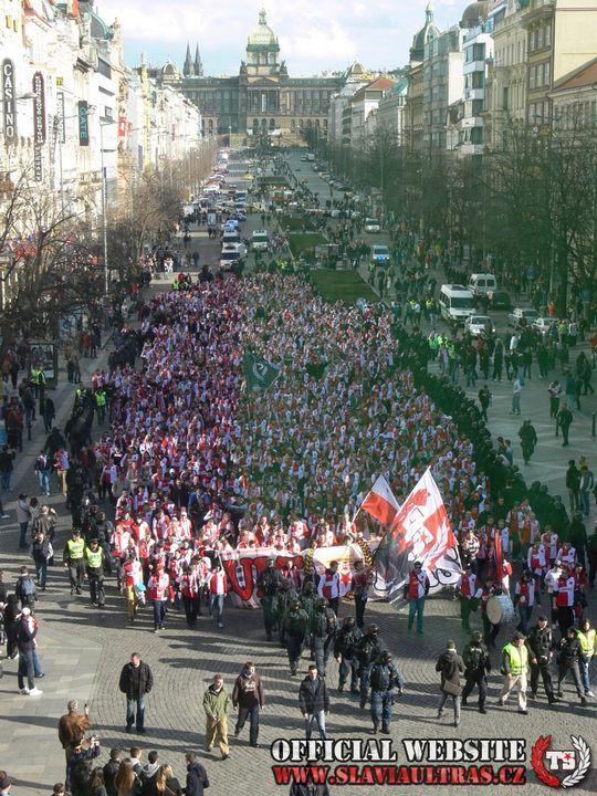 Corteo Sparta Praha - Slavia Praha 13.04.2013