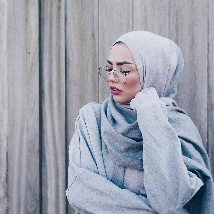 "2,214 Likes, 10 Comments - Hijab Fashion Inspiration (@hijab_fashioninspiration) on Instagram: ""@sauf.etc"""