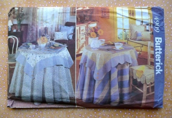 Butterick 4909 home decor pattern with tablecloth placemats and napkins chair pad and Home decor 1990s