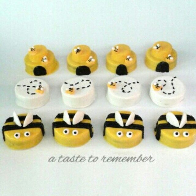 Bumble bee chocolate covered oreos