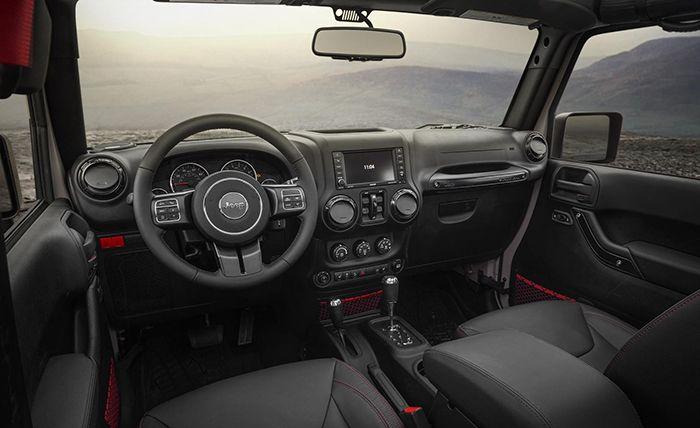 2019 Jeep Wrangler JL interior