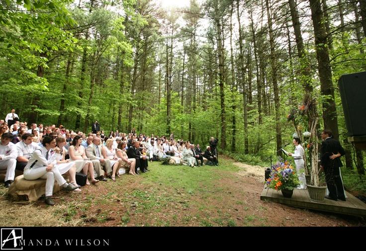 Wedding ceremony at the Barn at Fallingwater -Photography by Amanda Wilson - www.photosbyaw.com