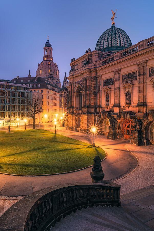 Kuppeln zur blauen Stunde (Dresden)