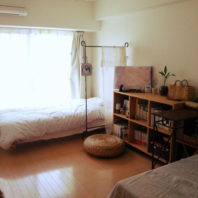 turisurunekoさんの、部屋全体,観葉植物,無印良品,本棚,IKEA,ハンガーラック,ワンルーム,かご,狭い部屋,CDプレーヤー,パーテーション,イデー,のお部屋写真