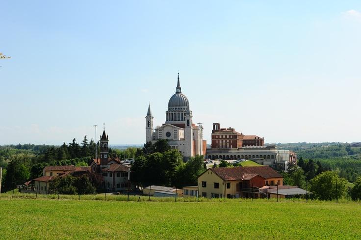 Colle Don Bosco, Italia.