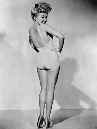 Betty Grable, World War II Pin-Up Picture, 1943 Premium Poster