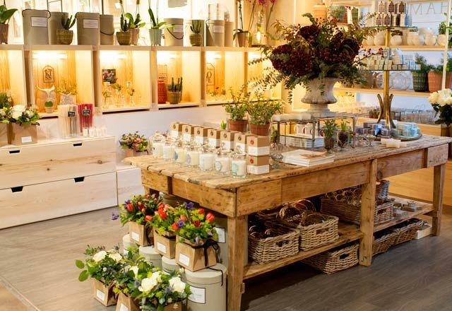 Sally Hambleton, Flowers to go en El Corte Inglés de Castellana   Casilda se casa