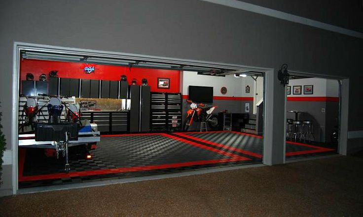 RaceDeck Free-Flow garage floor tile