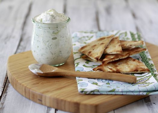 Tzatziki - Greek Yogurt and Cucumber Dip by goodlifeeats: Perfect as an appetizer with toasted pita wedges and veggies for dipping! #Tzatziki #Dip #Yogurt #Cucumber #goodlifeeats