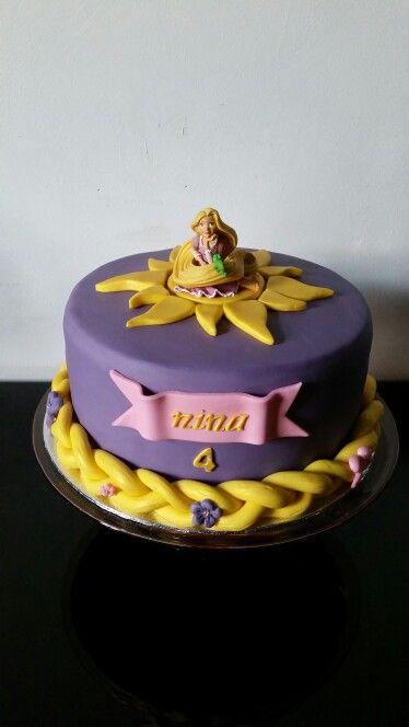 Raiponce cake                                                                                                                                                                                 Plus